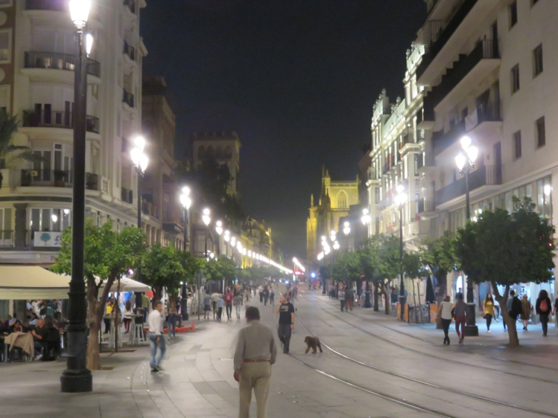 sevilla-at-night-11