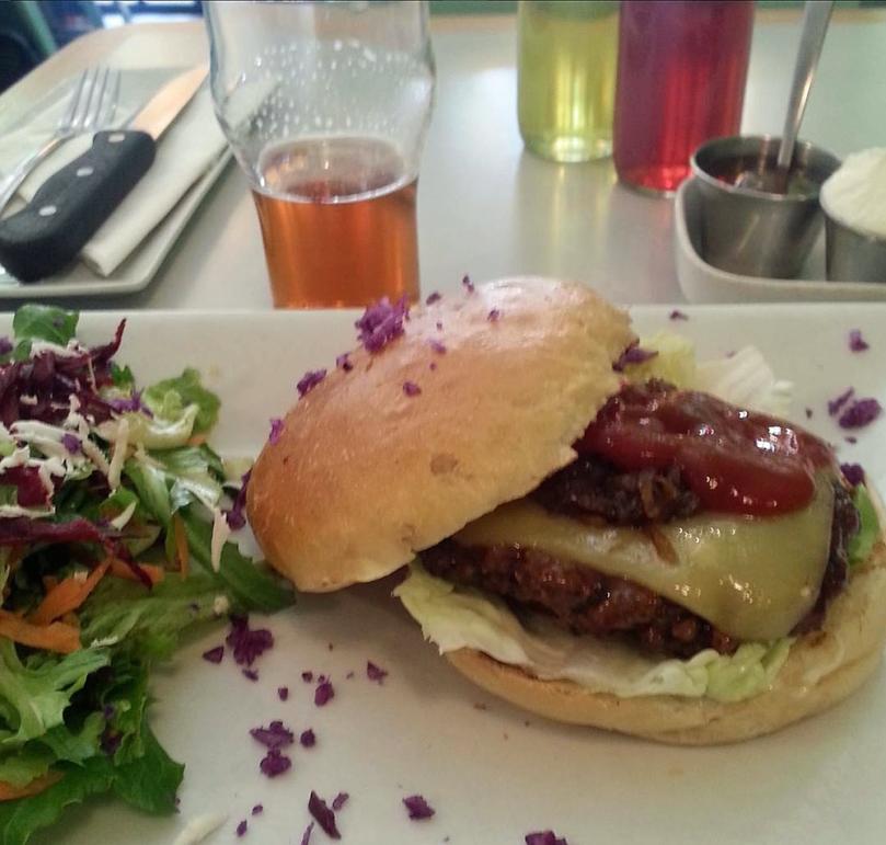 royale-burger-cape-town